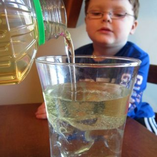 Oil & Water Science Fun at B-InspiredMama.com