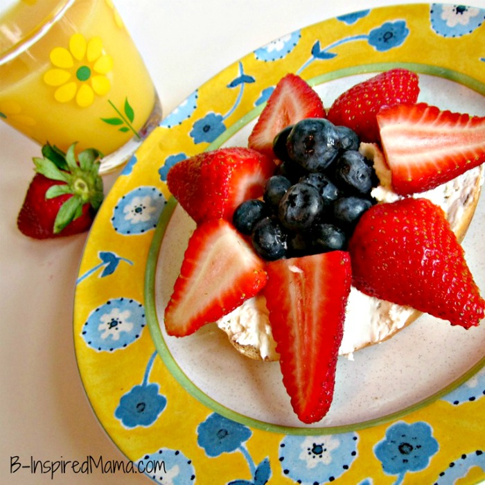 Bagel & Berry Flower Mother's Day Breakfast from B-InspiredMama.com