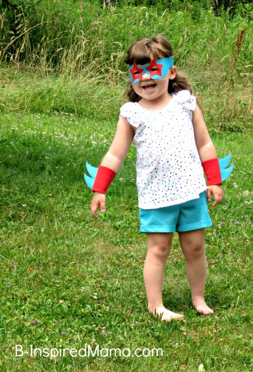 10 Tips for Dress Up Play at B-InspiredMama