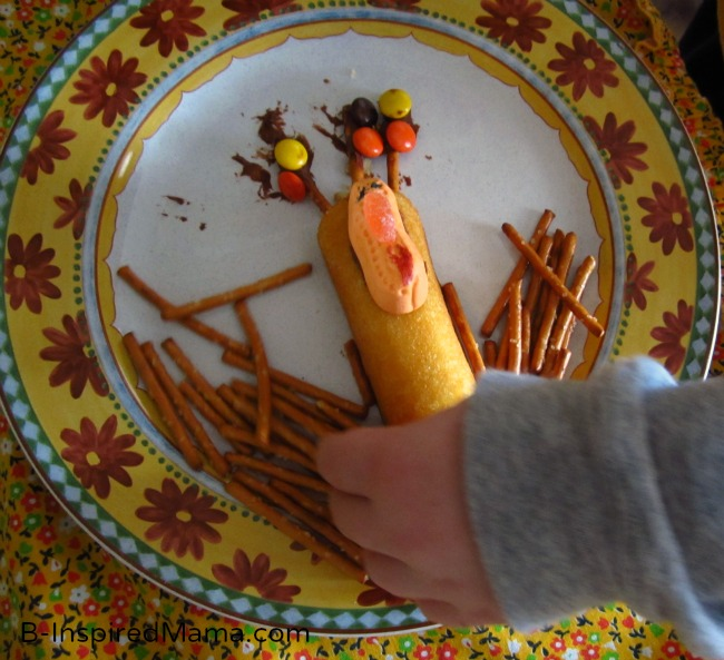 Turkey in the Straw Thanksgiving Snack for Kids at B-Inspired Mama