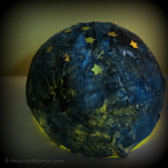 Kids Astronomy Night Light Craft from BabbaBox at B-Inspired Mama