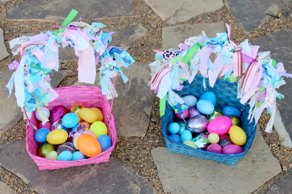 Easter Eggs for Color Sorting from Twodaloo an.comd B-InspiredMama