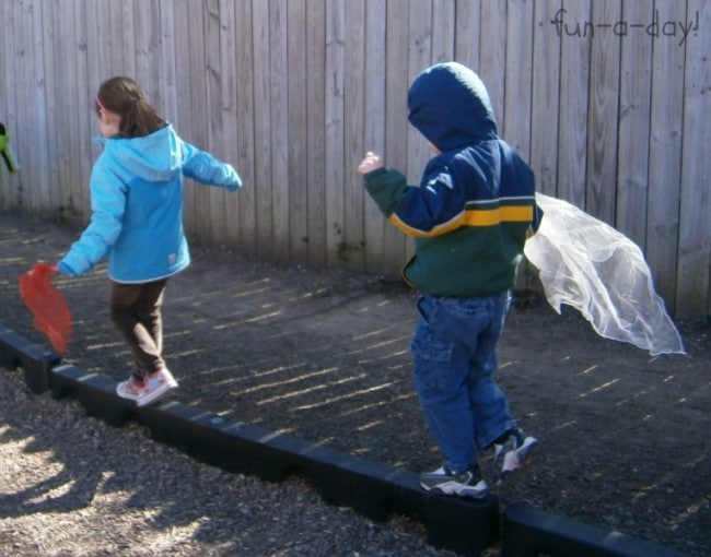 Scarf and Wind Science Activity from Fun-A-Day! and B-InspiredMama.com