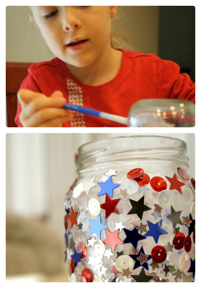 Jar Candle 4th of July Craft for Kids at B-InspiredMama.com