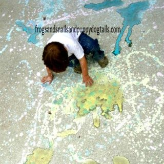 Playing with Chalk at WeeklyKidsCoOp.com