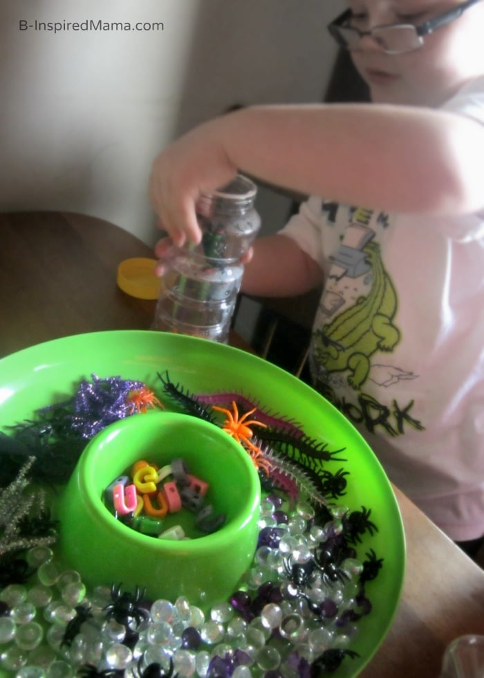 Making Sensory Bottles with Spiders and Insects for Kids at B-Inspired Mama
