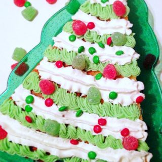 Semi-Homemade Christmas Tree Shaped Christmas Cake Recipe