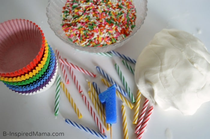 A Cupcake Play Dough Recipe for Birthday Fun at B-Inspired Mama #GeorgeTurns1