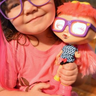 And I Thought Priscilla Was Chatty... Priscilla's New BFF [#sponsored #Chatsters] at B-Inspired Mama