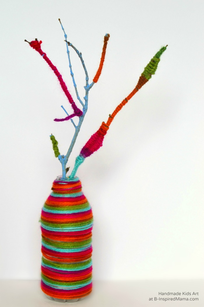 Kid-Made Yarn Wrapped Centerpiece for Thanksgiving - Thanksgiving Crafts for Kids at B-Inspired Mama