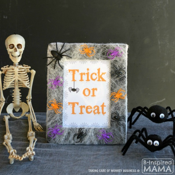 Spider Web Picture Frame Halloween Craft - by Taking Care of Monkey Business at B-Inspired Mama