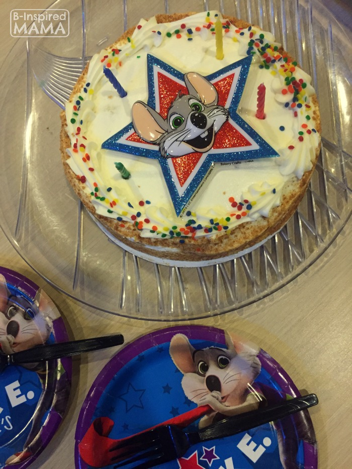 JC's No Stress Chuck E Cheese's Birthday Party - Birthday Cake - at B-Inspired Mama