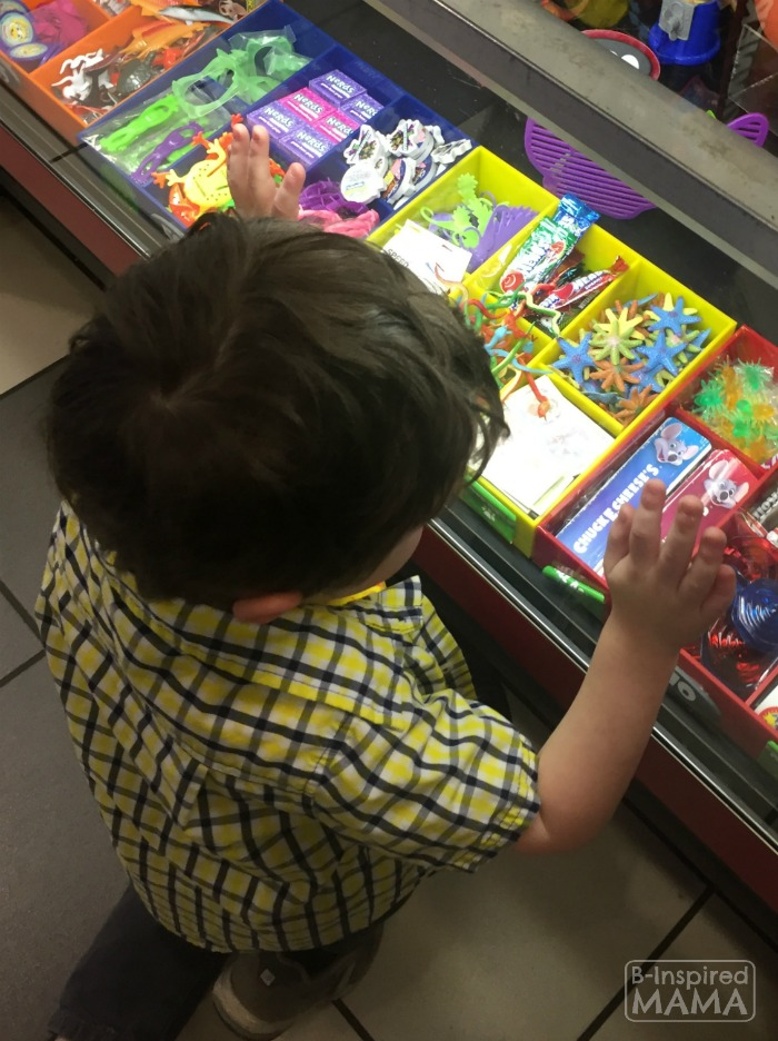9 Tricks for a Stress-Free Chuck E Cheese's Trip - Take Prize Suggestions - Then Pick Them Out Yourself - at B-Inspired Mama