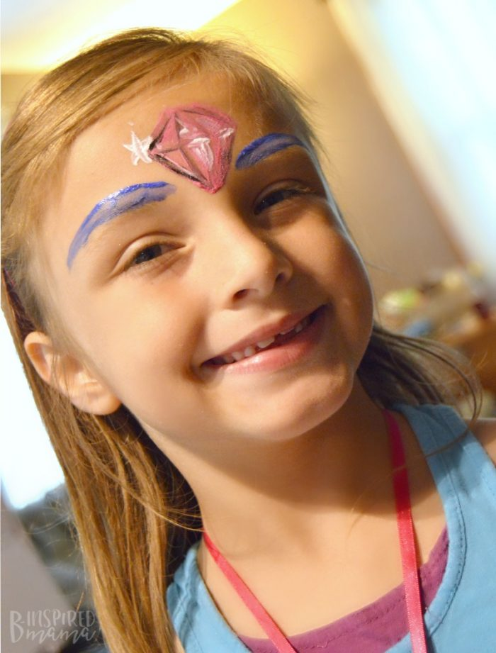4 Simple Steps to a Girly Party your Daughter will Adore - Fun Face Paint for our Shimmer and Shine Party - at B-Inspired Mama
